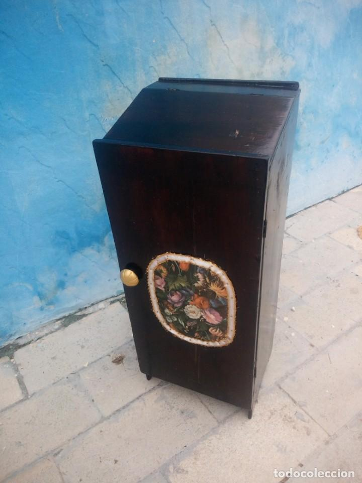 Herramientas de relojes: Antiguo armario de relojero,con 27 cajones abajo y en la parte de arriba bandeja y 1 cajón,siglo xix - Foto 19 - 200161138
