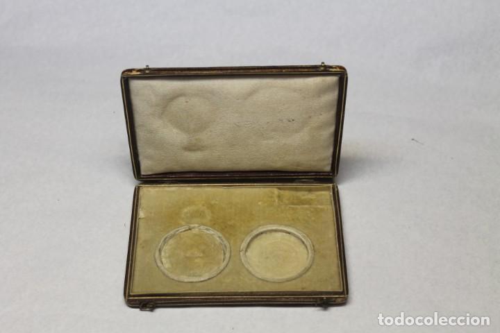ESTUCHE PARA RELOJ DE BOLSILLO DE SRA. S.XIX (Relojes - Herramientas y Útiles de Relojero )