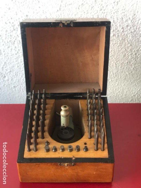 TORNO DE RELOJERO PUNZONERA F.BERTRAND BARCELONA. 1920'S. (Relojes - Herramientas y Útiles de Relojero )