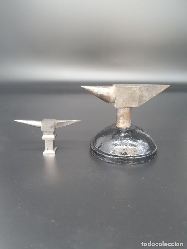 Herramientas de relojes: Antiguo pareja de yunques de relojero/ joyero - Foto 7 - 244800525