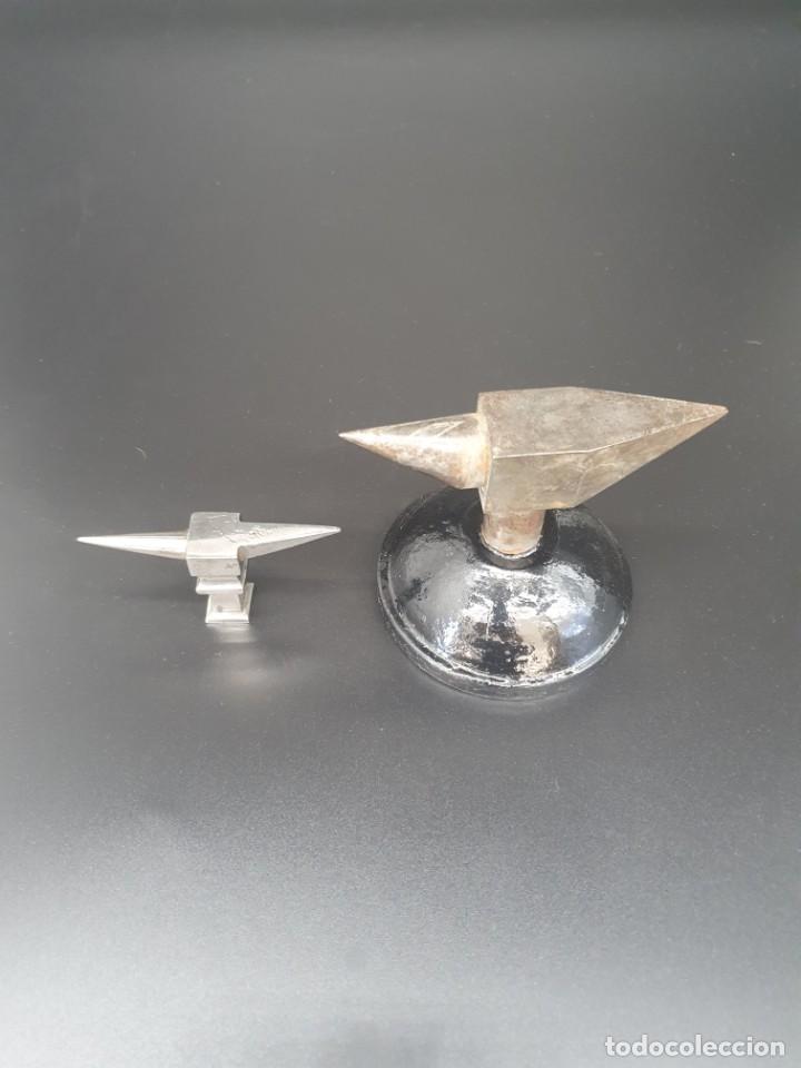 Herramientas de relojes: Antiguo pareja de yunques de relojero/ joyero - Foto 8 - 244800525
