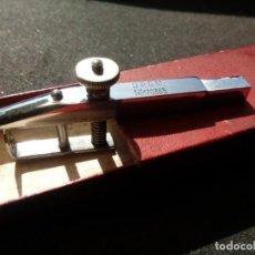 "Outils d'horloger: HERRAMIENTA DE RELOJERO. ""PORTARUEDAS"". 1922. Lote 274594253"