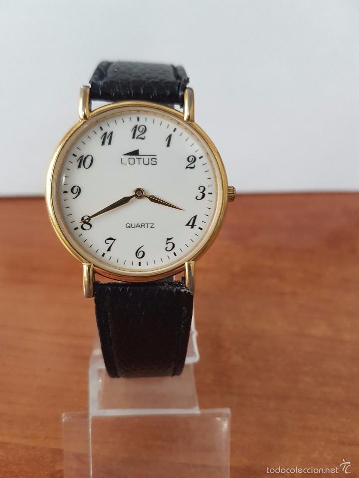 257b1f0acf40 Reloj de caballero cuarzo marca Lotus chapado de oro 10 micras con correa  de cuero negra