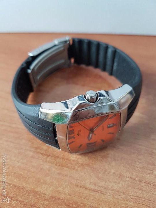 Relojes - Lotus: Reloj de caballero Lotus de cuarzo con calendario a las 6 horas 100m/330FT, con correa de silicona - Foto 4 - 59785908