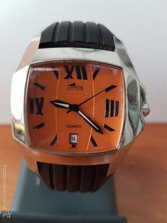 RELOJ DE CABALLERO LOTUS DE CUARZO CON CALENDARIO A LAS 6 HORAS 100M/330FT, CON CORREA DE SILICONA (Relojes - Relojes Actuales - Lotus)