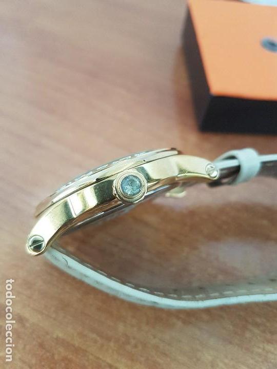 Relojes - Lotus: Reloj Unisex LOTUS cuarzo chapado de oro con circonios al rededor de la caja, correa de cuero usada - Foto 10 - 129151855