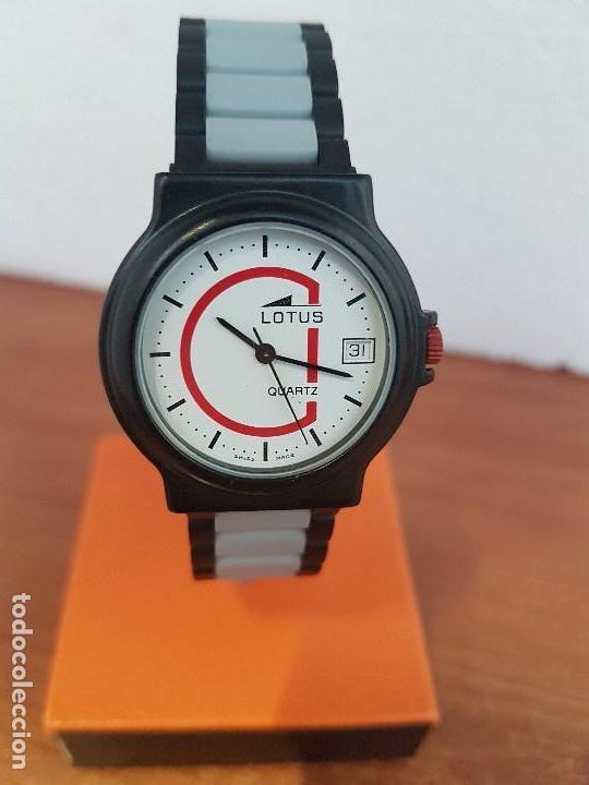 Reloj señora LOTUS acero pavonado de cuarzo con calendario a las tres horas  con correa fibra carbón 490c8d0ffe12