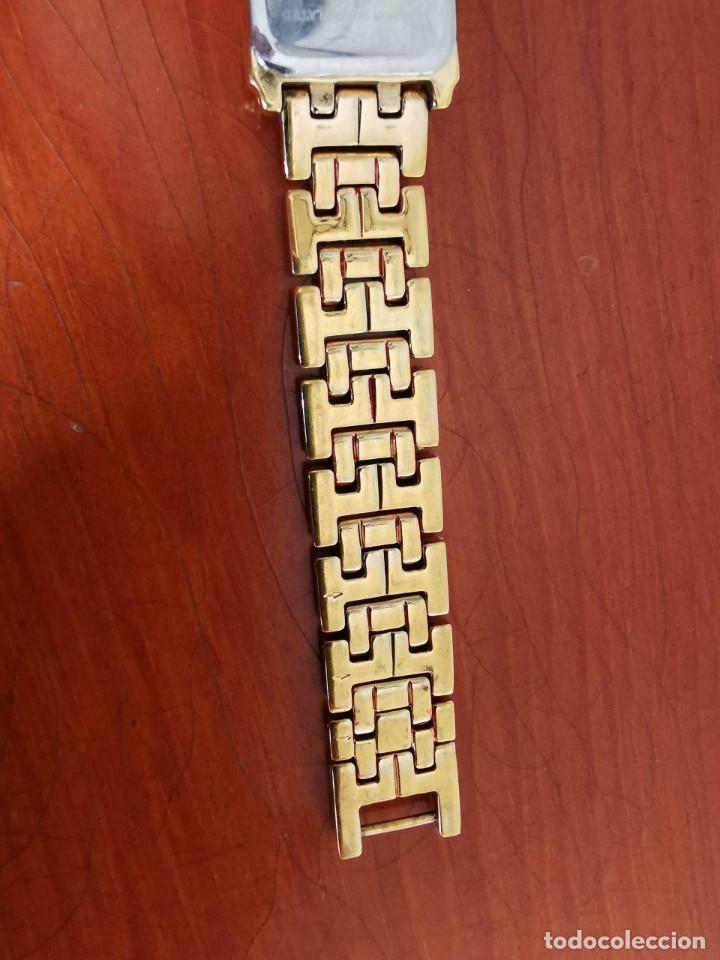 Relojes - Lotus: Reloj de señora de cuarzo chapado de oro con correa chapada de oro, funcionanado, numeros romanos - Foto 4 - 214268847