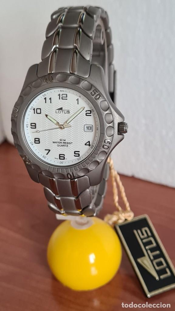Relojes - Lotus: Reloj caballero de cuarzo LOTUS de titanio, esfera blanca, calendario las tres horas, correa titanio - Foto 2 - 244740270