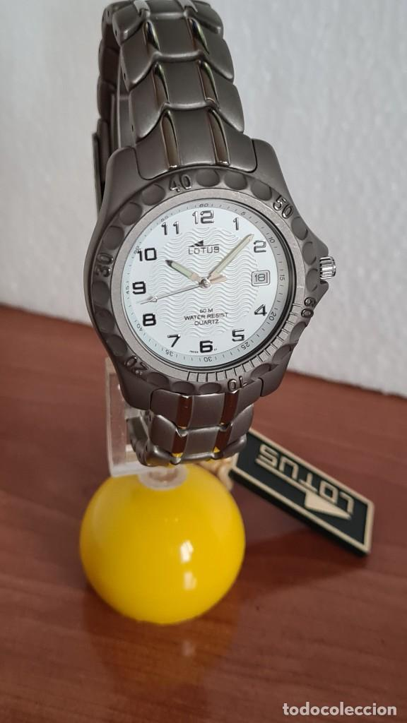 Relojes - Lotus: Reloj caballero de cuarzo LOTUS de titanio, esfera blanca, calendario las tres horas, correa titanio - Foto 4 - 244740270