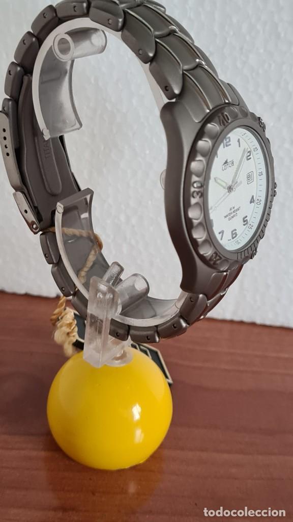 Relojes - Lotus: Reloj caballero de cuarzo LOTUS de titanio, esfera blanca, calendario las tres horas, correa titanio - Foto 11 - 244740270
