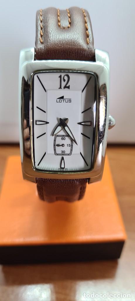 RELOJ UNISEX CUARZO LOTUS EN ACERO, ESFERA BLANCA CON SEGUNDERO A LAS SEIS, CORREA CUERO MARRÓN. (Relojes - Relojes Actuales - Lotus)