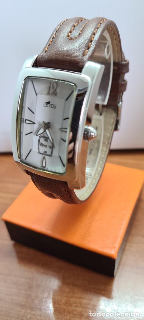 Relojes - Lotus: Reloj unisex cuarzo LOTUS en acero, esfera blanca con segundero a las seis, correa cuero marrón. - Foto 2 - 253554845