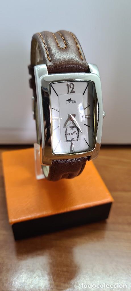 Relojes - Lotus: Reloj unisex cuarzo LOTUS en acero, esfera blanca con segundero a las seis, correa cuero marrón. - Foto 7 - 253554845