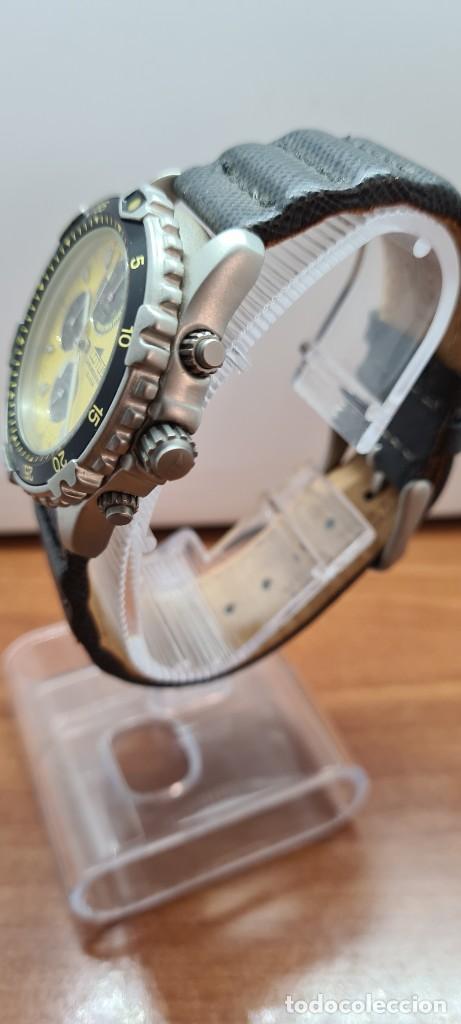 Relojes - Lotus: Reloj caballero LOTUS titanio cuarzo cronografo, calendario a las tres, correa cuero original LOTUS - Foto 6 - 253897540