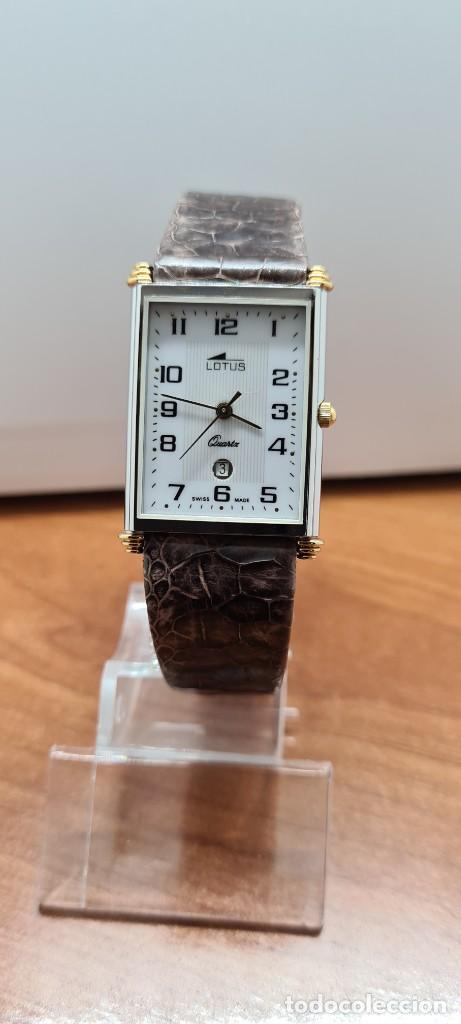 RELOJ UNISEX CUARZO LOTUS EN ACERO BICOLOR, ESFERA BLANCA, AGUJAS CHAPADAS ORO, CORREA MARRÓN LOTUS (Relojes - Relojes Actuales - Lotus)