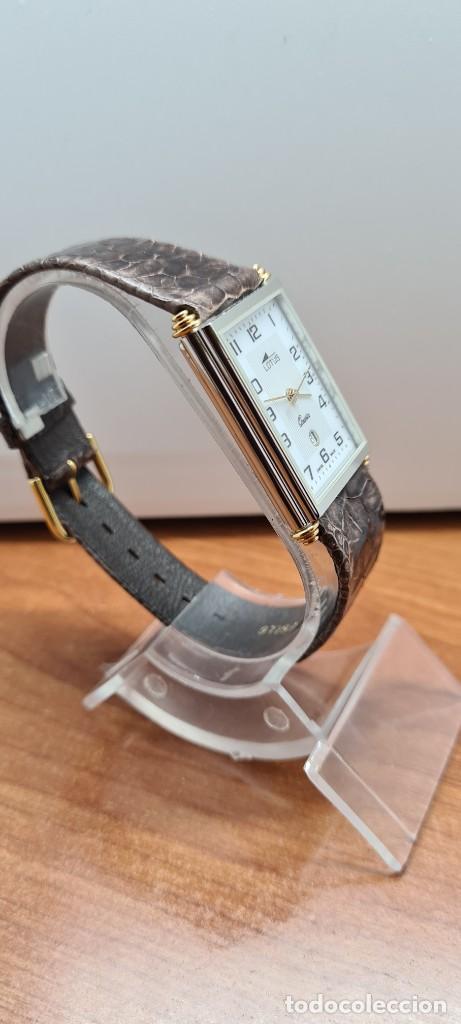 Relojes - Lotus: Reloj unisex cuarzo LOTUS en acero bicolor, esfera blanca, agujas chapadas oro, correa marrón LOTUS - Foto 7 - 255417085