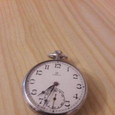 Relojes - Omega: RELOJ ANTIGUO DE BOLSILLO OMEGA BUEN ESTADO DETALLES PARTE DE ATRAS FUNCIONA PARA COLECION . Lote 104312519