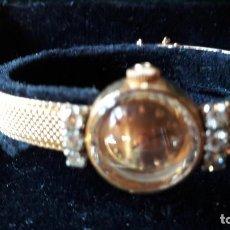 Relojes - Omega: RELOJ DE ORO DE 18 KILATES OMEGA DE SEÑORA. TIENE 6 DIAMANTES DE 0,05 KILATES. CON EL ESTUCHE ORIGIN. Lote 126564135