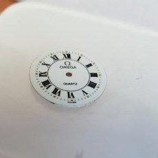 Relojes - Omega: UNA ESFERA PARA RELOJ MARCA OMEGA DE CUARZO, EN MUY BUEN ESTADO BLANCA ES STOCK DE TALLER RELOJERIA.. Lote 199371931