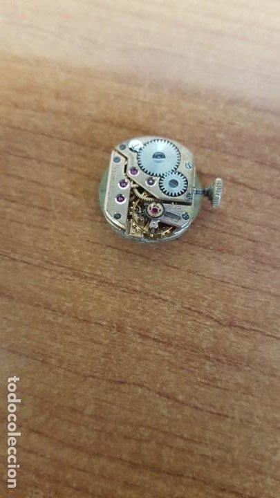 Relojes - Omega: Máquina de reloj OMEGA de cuerda manual, calibre Omega 244, Esfera blanca buena y agujas originales. - Foto 2 - 199467873