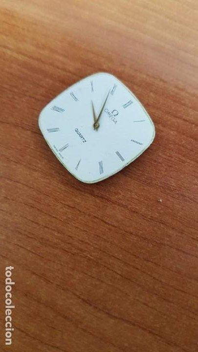 Relojes - Omega: Máquina de reloj OMEGA de cuarzo, calibre Omega 1365, Esfera color blanca con agujas originales. - Foto 2 - 199664246