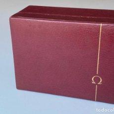 Relojes - Omega: ESTUCHE DE RELOJ OMEGA , ANTIGUO Y ORIGINAL , VACÍO . COLOR BURDEOS , 14 X 10,2 X 6,3 CM. ,. Lote 216595726