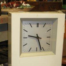 Reloj industrial Patek Philippe Quartz-M