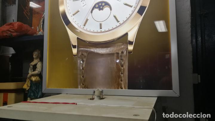 Relojes - Patek: CUADRO, CARTEL grande LUMINOSO DE PUBLICIDAD RELOJ PATEK PHILIPPE, DE EXPOSICION INTERIOR y ....... - Foto 19 - 231179490