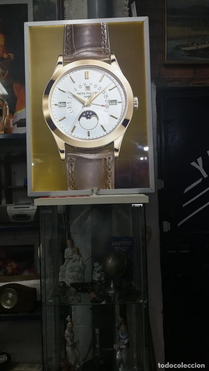 Relojes - Patek: CUADRO, CARTEL grande LUMINOSO DE PUBLICIDAD RELOJ PATEK PHILIPPE, DE EXPOSICION INTERIOR y ....... - Foto 22 - 231179490
