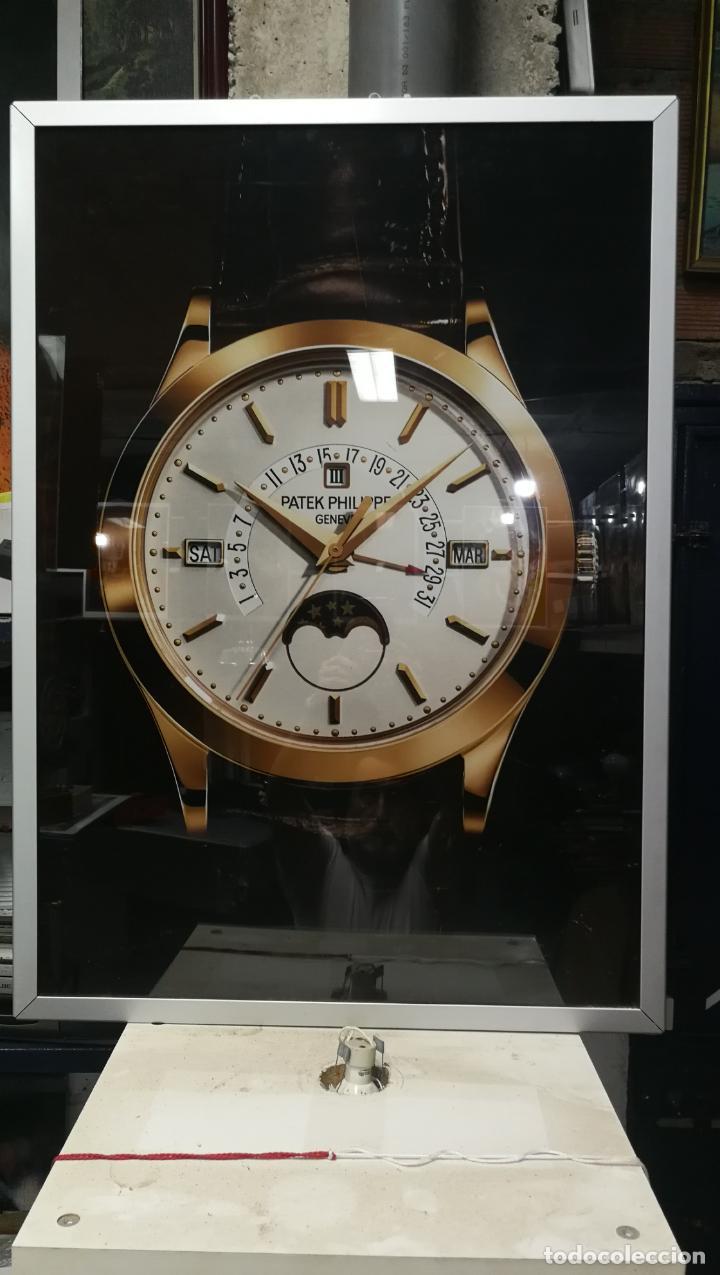Relojes - Patek: CUADRO, CARTEL grande LUMINOSO DE PUBLICIDAD RELOJ PATEK PHILIPPE, DE EXPOSICION INTERIOR y ....... - Foto 46 - 231179490