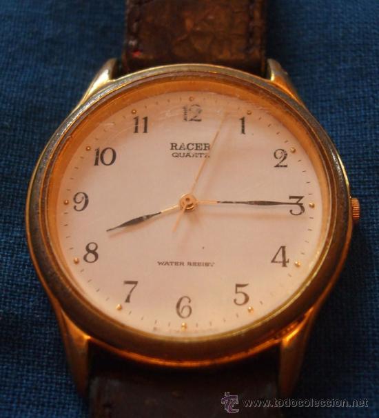 PARA PIEZAS DE PULSERA SFERA REDONDA FONDO BLANCO NÚMEROS ORDINALES NEGROS, AGUJA SEGUNDERO DORADA (Relojes - Relojes Actuales - Racer)