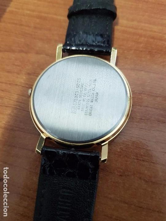 Relojes - Racer: Reloj unisex chapado de oro marca RACER, esfera pintada a mano muy bonita, correa cuero original - Foto 15 - 99214071