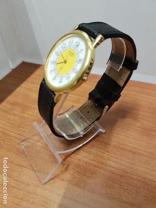 Relojes - Racer: Reloj caballero RACER de cuarzo chapado de oro, esfera muy bonita, correa negra nueva sin uso - Foto 11 - 102274023