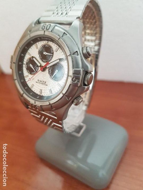 Relojes - Racer: Reloj caballero RACER multifunción en acero, esfera blanca y negra, correa de acero nueva sin uso - Foto 2 - 133389834