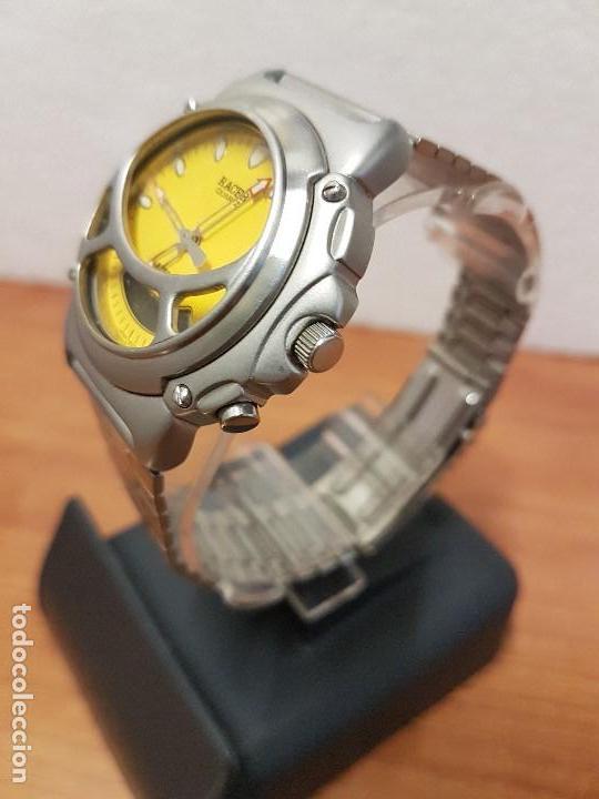 Relojes - Racer: Reloj caballero Vintage RACER analogico y digital corona de rosca, esfera amarilla con correa acero - Foto 4 - 141492278