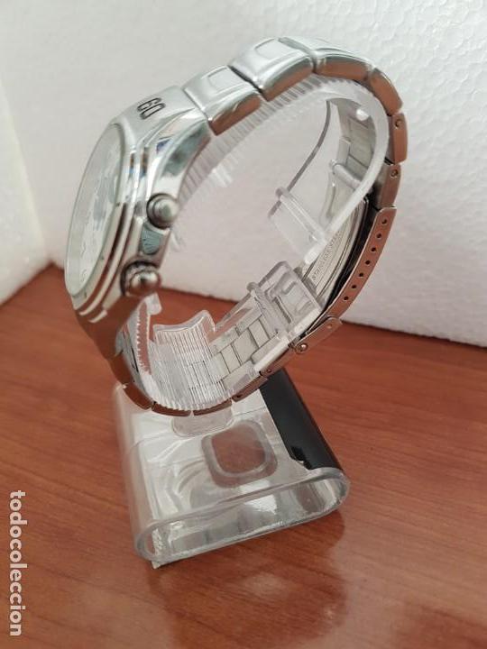 Relojes - Racer: Reloj caballero RACER multifunción en acero, esfera blanca y azul, cristal sin rayas, correa acero - Foto 5 - 163467650