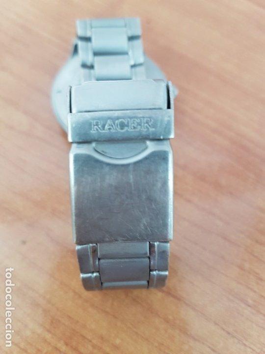 Relojes - Racer: Reloj caballero RACER de titanio con calendario a las tres, esfera blanca, correa titanio original. - Foto 17 - 178614356