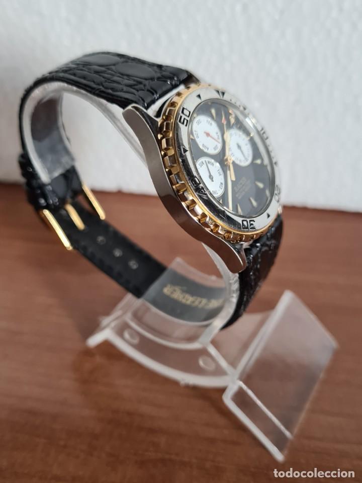 Relojes - Racer: Reloj caballero RACER multifunción en acero y oro, esfera negra, cristal sin rayas, correa de cuero. - Foto 5 - 223348503