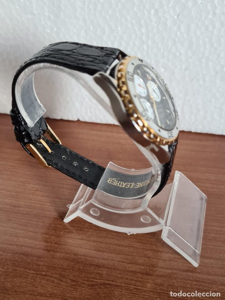Relojes - Racer: Reloj caballero RACER multifunción en acero y oro, esfera negra, cristal sin rayas, correa de cuero. - Foto 7 - 223348503