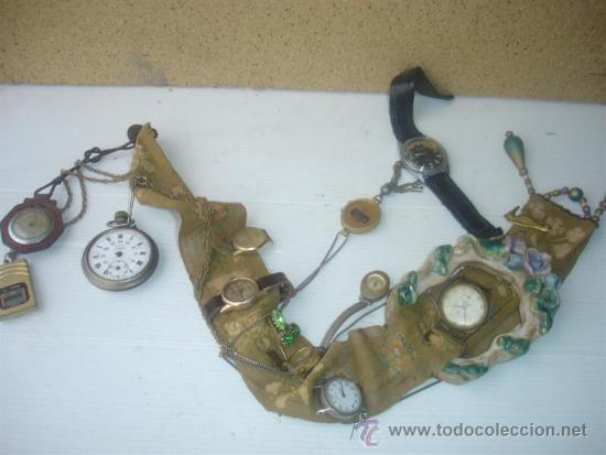 LOTE DE RELOJES HACIENDO UN MURRAL (Relojes - Recambios)