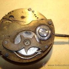 Recambios de relojes: GRAN PARTE DE LA MAQUINARIA DE UN ANTIGUO CRONOMETRO DE BOLSILLO - DIAMETRO: 43 MM. APROX.. Lote 36359988