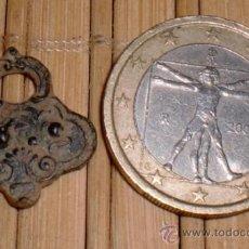 Recambios de relojes: ANTIGUA LLAVE DE RELOJ. Lote 37523996