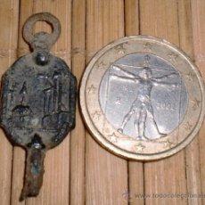 Recambios de relojes: ANTIGUA LLAVE DE RELOJ. Lote 37524004