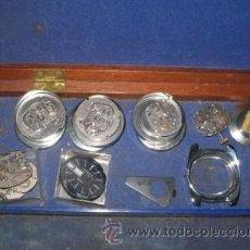 Recambios de relojes: ESTUCHE CON 8 MAQUINARIAS DE RELOJES TIMEX. Lote 43547025