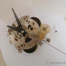 Recambios de relojes: MECANISMO PARA RELOJ DE PARED 30 DIAS CUERDA . Lote 44447780