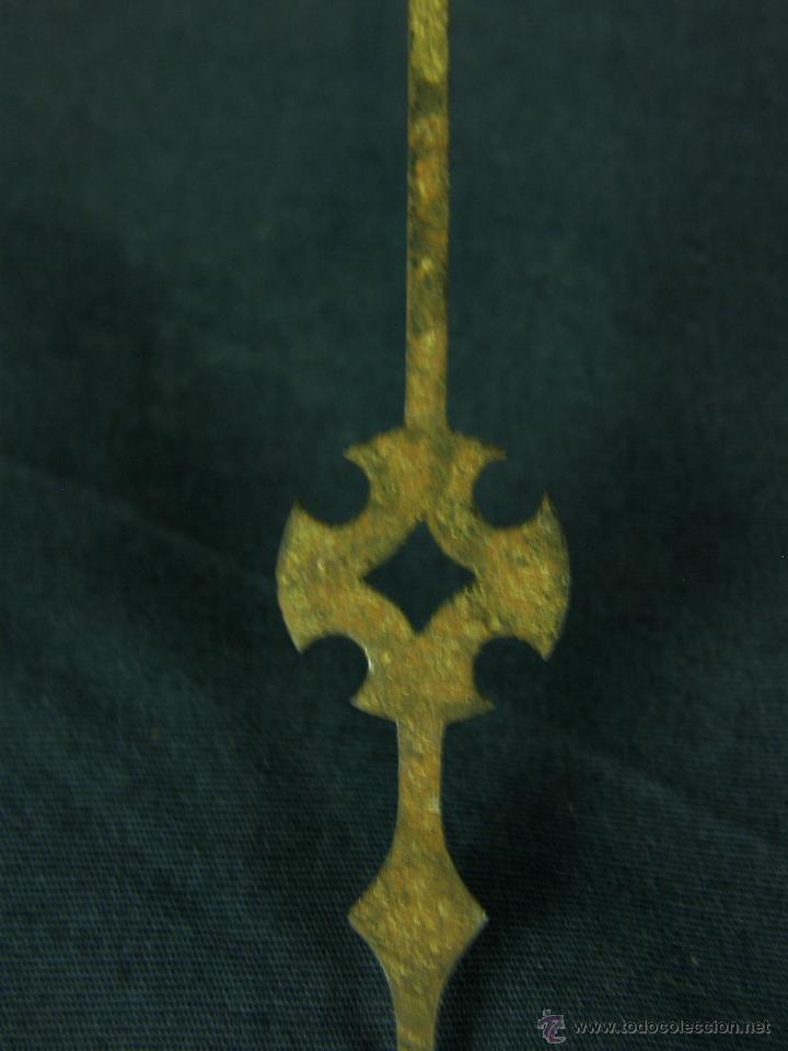 Recambios de relojes: aguja de reloj de hierro recortado siglo XVIII - XIX Cruz 13,5 x 1, 8 cm - Foto 5 - 44509319