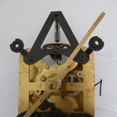 Recambios de relojes: MECANISMO PARA REPUESTOS DE RELOJ DE PARED 8 DIAS CUERDA. Lote 45256578