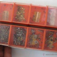 Recambios de relojes: LOTE RECAMBIOS RELOJES ANTIGUOS DESPERTADORES AGUJAS Y DE MAS. Lote 49613289