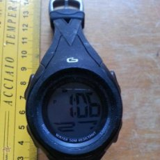 Recambios de relojes: RELOJ DIGITAL ACUATICO FUNCIONANDO FALTA UN TROZO DE CORREO DE GOMA. Lote 53741992